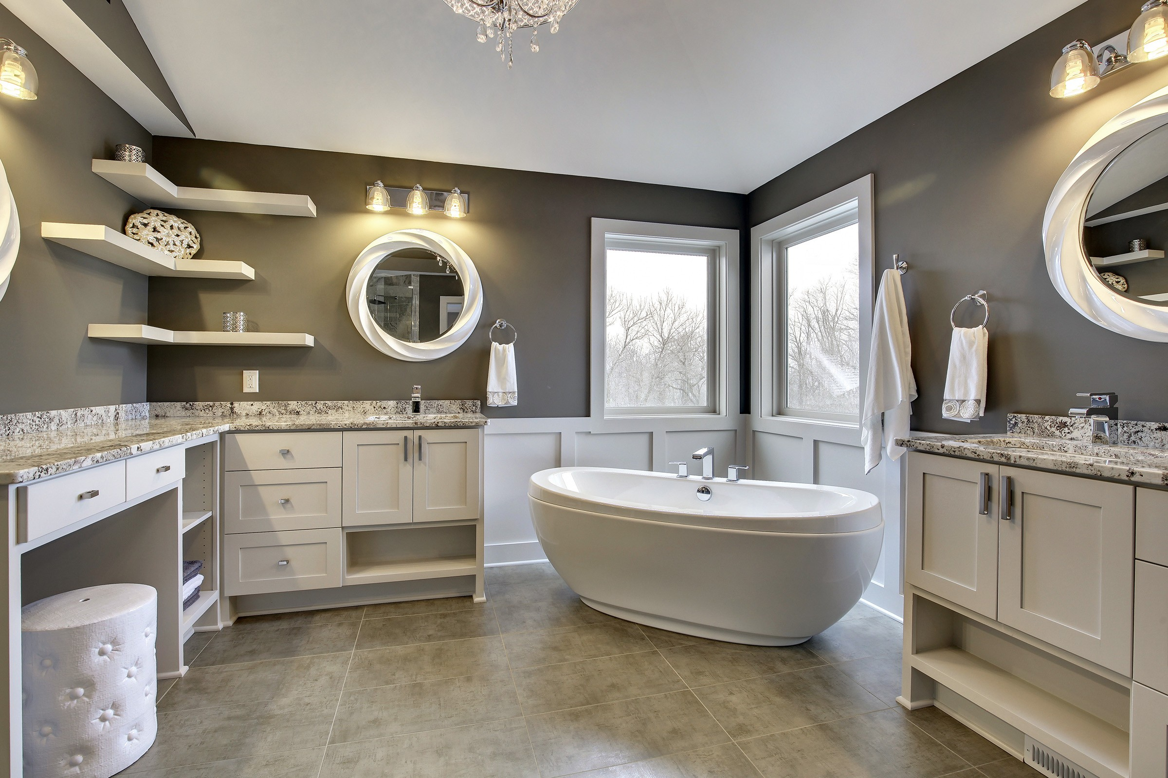 Corner Soaking Tub