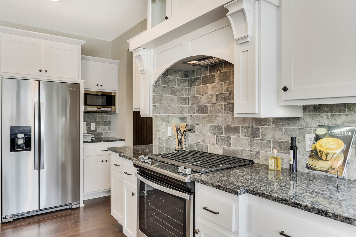 Tile backsplash and granite counters