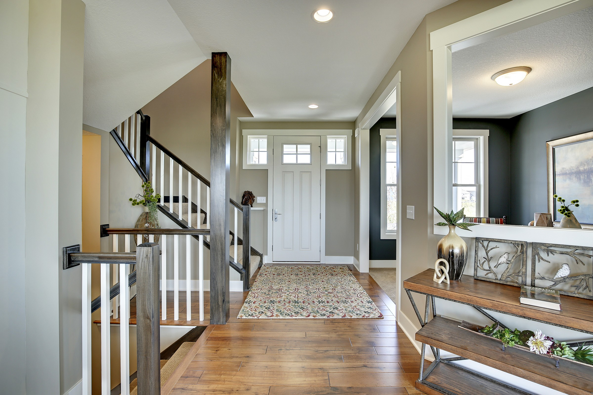 Large Foyer Entry